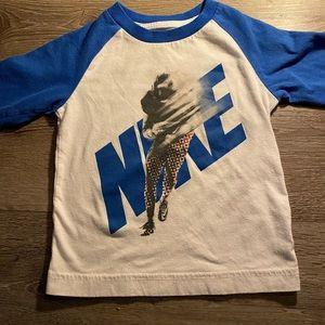 Boys- Vintage Feel Baseball Style Shirt Nike Sz3T